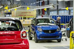 【工場を売却か】メルセデス フランス工場閉鎖へ 現行型スマートの生産は継続