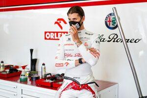 ジョビナッツィ「苦戦したが、9位はいいシーズンの滑り出し」:アルファロメオ F1オーストリアGP日曜