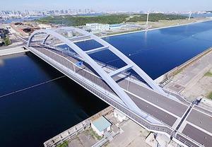 東京港内の「海の森大橋」が開通、物流円滑化に期待