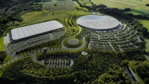 マクラーレン・グループ、コロナ禍の影響で1200人の人員削減へ。F1チームの規模も縮小