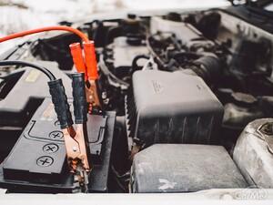 おすすめのバッテリー補充液12選|選ぶ前の確認事項や入れ方を解説
