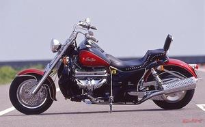 排気量5000cc超え! 超巨大アメリカンバイク「ボスホス」オーナーが語る「デカくて重い」けど大好きな理由