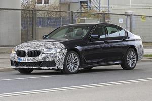 【スクープ】アップデート版「BMW 5シリーズ」の開発車両2タイプをキャッチ!