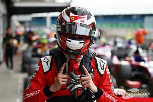 FIA F2シルバーストン2:レース1はアイロットが完勝でポイントリーダーに。角田裕毅は6位入賞