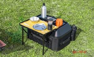 ソロキャンプに最適!?  テーブルに変形するバイク用ツーリングバッグがタナックスから登場