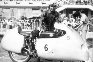 【訃報】MotoGPレジェンドライダーのカルロ・ウビアリが亡くなる。125cc&250ccでチャンピオンを9度獲得