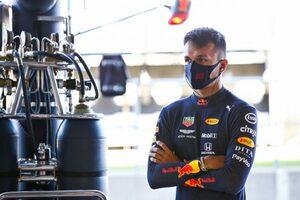 アルボン「ソフト寄りのタイヤ選択に不満。戦略に悩む」レッドブル・ホンダ【F1第5戦金曜】