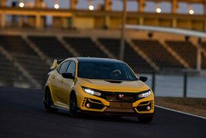 「ホンダ・シビック・タイプRリミテッド・エディション」が鈴鹿サーキットでFF最速タイムをマーク!