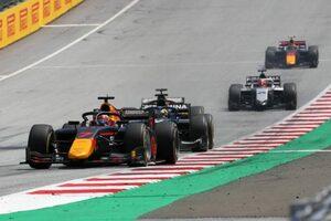 角田裕毅レース後インタビュー:「これから攻めていくというところだった」右リヤの駆動がかからずリタイア【FIA-F2第2戦レース2】