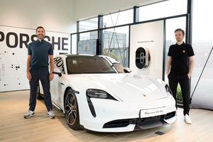ポルシェ 世界で5番目のポップアップストア「Porsche NOW Tokyo」オープン