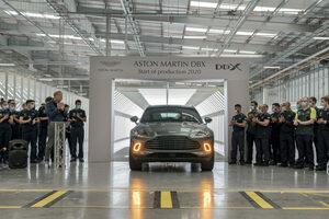 アストンマーティン初のSUV、DBXの量産第一号がラインオフ。2020年7月末よりデリバリースタート!