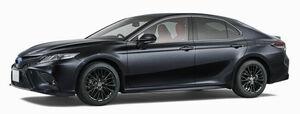 トヨタがカムリの誕生40周年を記念した特別仕様車を発売。合わせて安全装備を強化した一部改良を実施