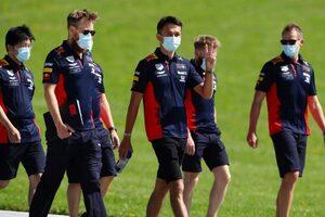 レッドブル・ホンダのアルボン「最も早くレースの感覚を取り戻した者が優位に立つ」F1オーストリアGPプレビュー