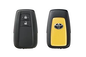トヨタ 新開発の「急アクセル時加速抑制」システムを発売 後付けタイプも