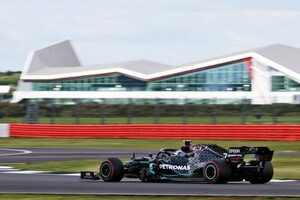 F1イギリスGP FP3:ボッタスがトップ。レッドブル・ホンダのアルボンはトラブルで走行時間を失い13番手