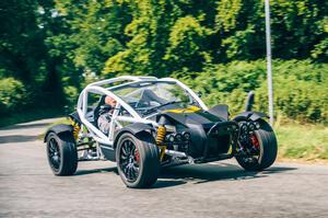 【ほぼターマック用ラリーカー】アリエル・ノマドRへ試乗 タイプR用2.0L搭載