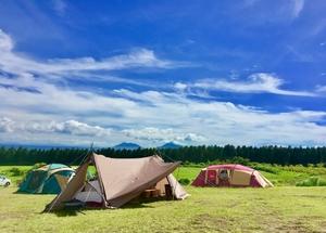 行くなら「山キャンプ」か「海キャンプ」か! 夏に訪れる「悩み」を今こそ解決する