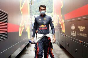 アルボン「車の感触はいい。タイム向上のため何をすべきかは分かっている」レッドブル・ホンダ F1オーストリアGP金曜