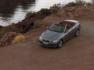 【ヒットの法則283】BMW335iカブリオレのしなやかなフットワークはボディ下部の補強によるものだった