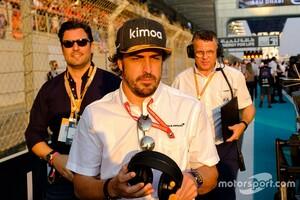 フェルナンド・アロンソ、今季中にダニエル・リカルドと交代でルノーF1に復帰との噂も、本人は一蹴