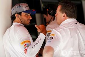 マクラーレン、フェラーリ移籍が決定済みのサインツJr.に「隠し事はしない」と明言。チームの雰囲気の良さも強調