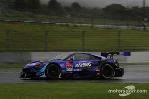 【スーパーGT】雨でもNSX-GTが最速! 富士公式テストのセッション3は100号車RAYBRIG NSX-GTがトップ