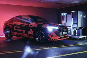 【EV・家庭 相互に電力供給】アウディeトロン 電気自動車による双方向充電システムを開発中
