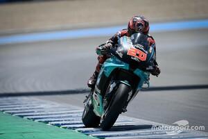 "【MotoGP】タイヤの""皮むき""が灼熱アンダルシアGPの鍵だった? ヤマハ勢はミシュランの助言に従い表彰台独占"