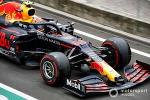レッドブルF1、アルボンのレースエンジニアを変更。リカルド支えたベテラン起用