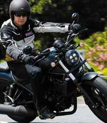 【前編】ホンダ新型「レブル250」に伊藤真一さんが初試乗! 街中、高速道路、峠での乗り味をインプレ【ロングラン研究所】