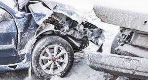 事故を起こした時、相手側の車が保険未加入や車検切れだった場合どうなる?