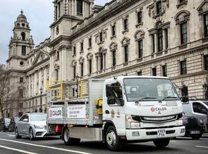【EVトラック】ふそうe-キャンターはロンドンの超低排出ゾーン(ULEZ)での配送に活躍