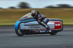 Voxan Motors高性能な電動バイク「WATTMAN」発表 マックス・ビアッジと共にで世界最速記録に挑む