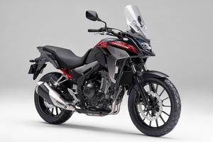 2輪でも流行中のクロスオーバーモデルバイク! Honda「400X」がカラーリングを変更して今月末発売